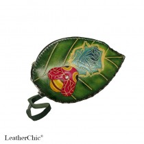 Large Size Coin Purse Soft Bee on Leaf