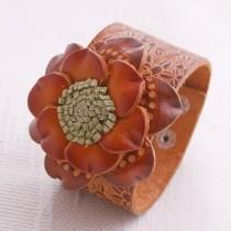 Flower Wristband W 10