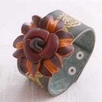 Flower Wristband W 07